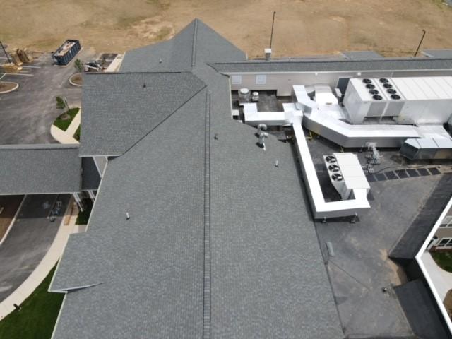 New hotel roof installation