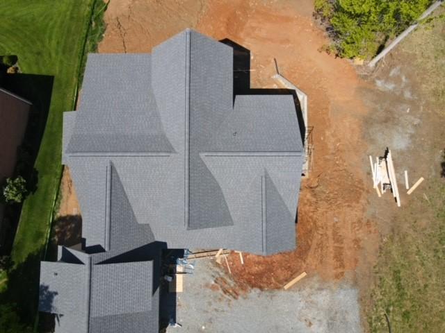 New residenital roof installation
